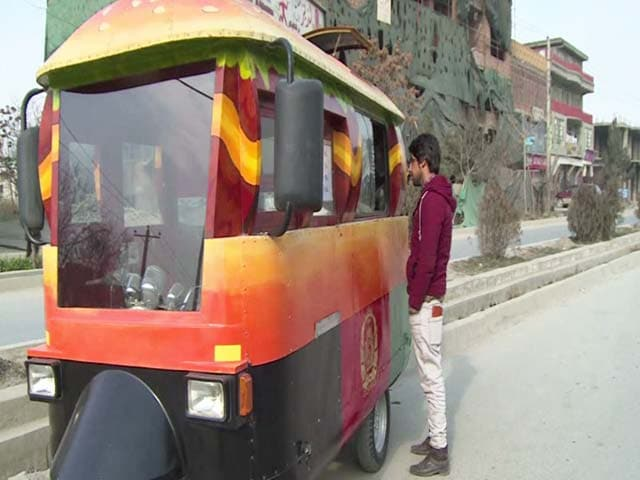 Video : With Relish, Kabul's Middle Class Embraces The Food Truck Trend