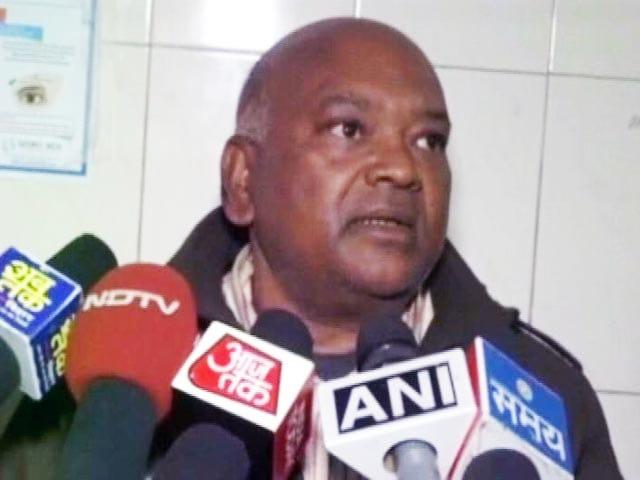Video : बिहार : गया में RJD एमएलए के बेटे पर गुंडागर्दी का आरोप
