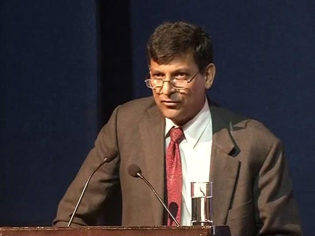 Video : Raghuram Rajan Uses 'Dosa Economics' to Explain Inflation