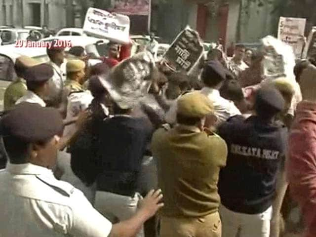 Video : 3 Get Death Sentence In Kamduni Gang-Rape Case