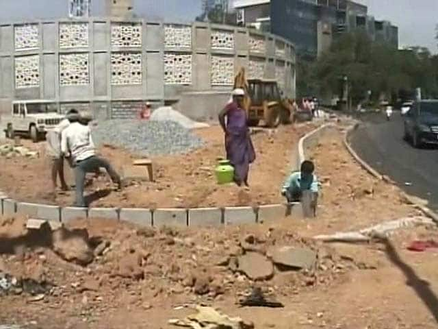 Video : Why Clean-up For Investors' Meet Irks Bengaluru Residents