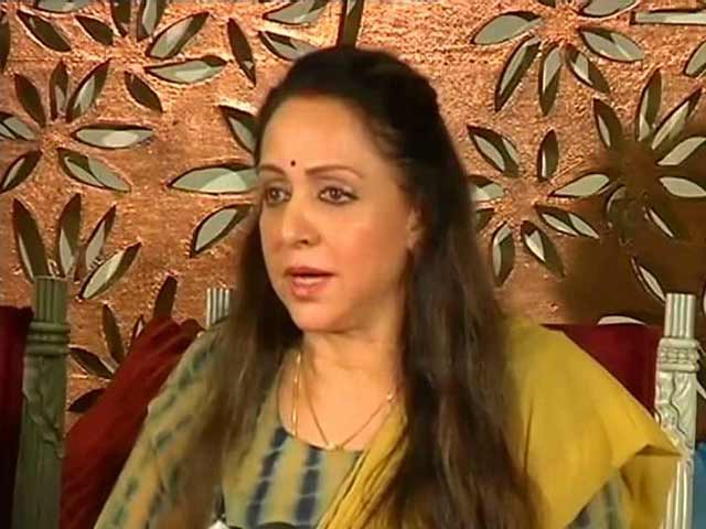 Video : Hema Malini Rejects Land Grabbing Allegations