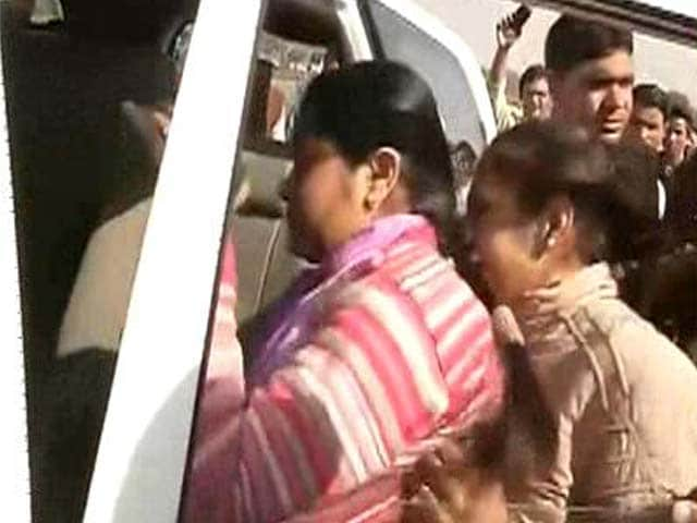 Video : Woman Throws Flower Pot At PM's Convoy, Detained