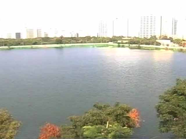 Video : Citizens' Voice: Chennai Residents on a Mission to Save Perungudi Lake