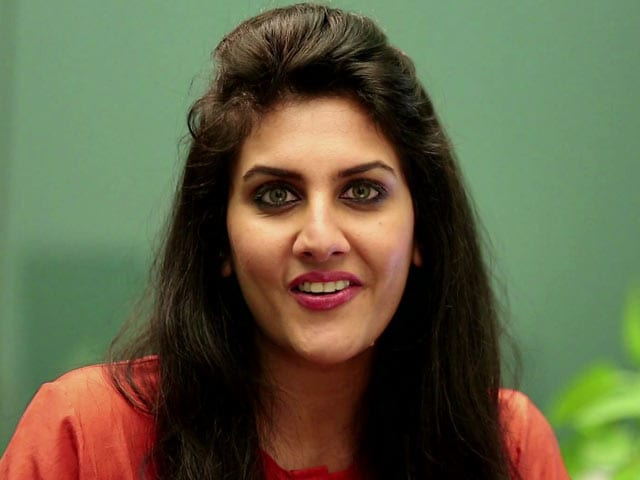 Video : Ask Ambika: Experiment With the Corporate Look