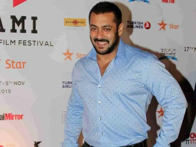 Salman to watch Fitoor Before its Release?