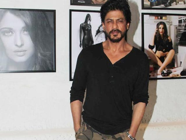SRK Refunds Distributors for Dilwale Losses