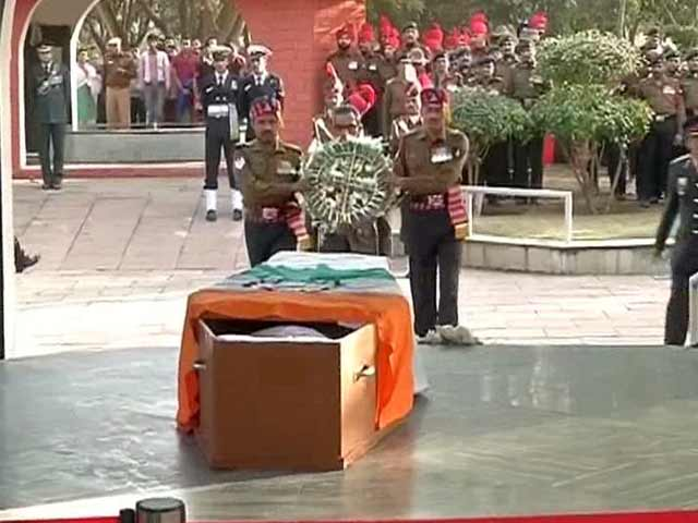 Video : India Pays Tribute To Siachen Braveheart Lance Naik Hanamanthappa