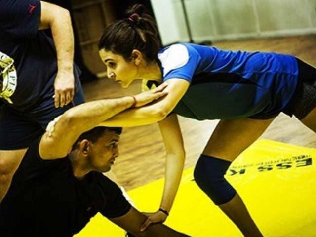 Anushka Sharma Tweets Pics From Sultan Training Schedule