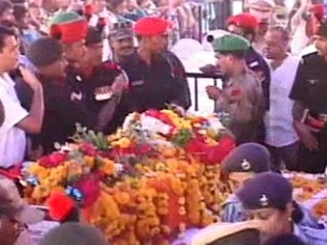 Video : Thousands Bid Farewell To Siachen Braveheart Lance Naik Hanamanthappa