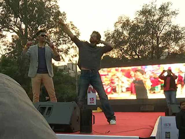 At Shah Rukh Khan's Delhi University Visit, Student Protesters Detained