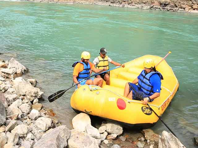 Video : River-rafting's Good for Muscles, Helps Beat Stress