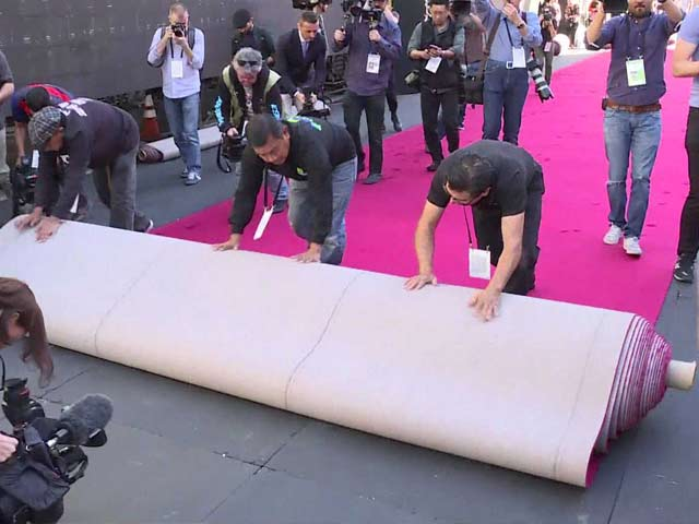 Red Carpet Rolled Out for Oscars