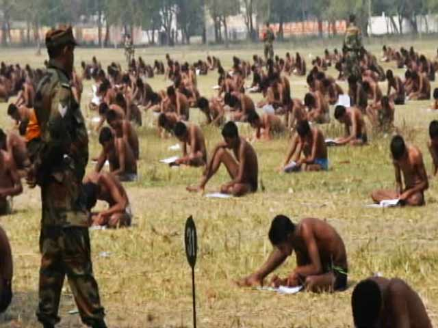 Video : Explain 'Exam In Underwear', Defence Ministry Tells Army Chief