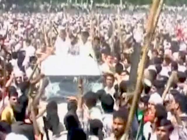 Video : मुजफ्फरनगर दंगों की जांच रिपोर्ट में अखिलेश सरकार को क्लीन चिट