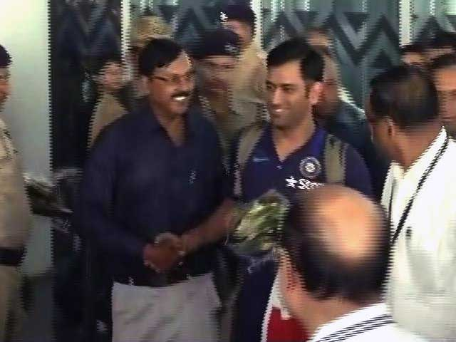 Video : Team India Returns Home to Hero's Welcome After Asia Cup Triumph
