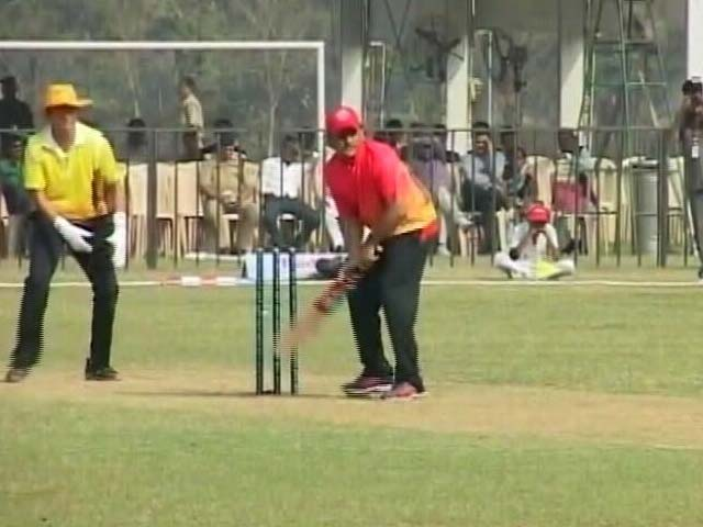 Video : Akhilesh Yadav, Man Of The Match. Fourth Year In A Row
