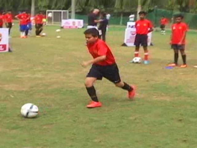 Video : NDTV Nissin Manchester Soccer School: Day 3, Delhi