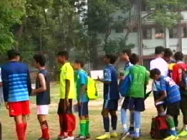 Video : NDTV Nissin Manchester Soccer School: Day 2, Kolkata