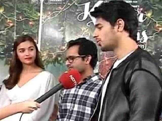The Secret Behind Alia, Sidharth's Onscreen Chemistry