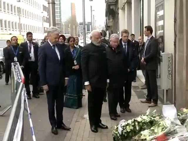 Video : PM Modi Pays Tribute At Brussels Terror Site