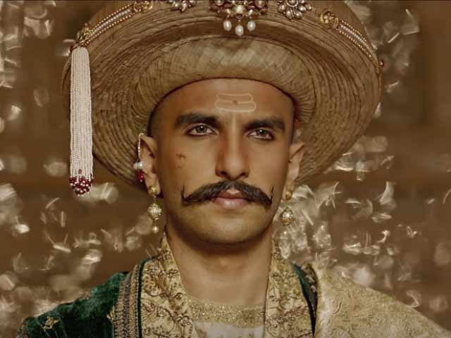 Ranveer Singh Named 'Maharashtrian of the Year'
