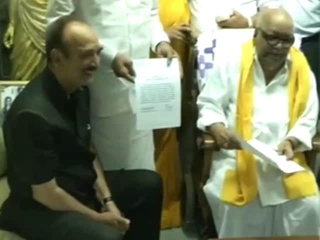 Video : Tamil Nadu Polls: Congress Settles For 22 Less Seats After Talks With DMK