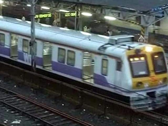 Video : Mumbai Gets Its First-Ever AC Local