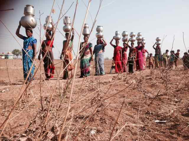 Video : For Women Of Parched Telangana Villages, A Choice Between Water And Work