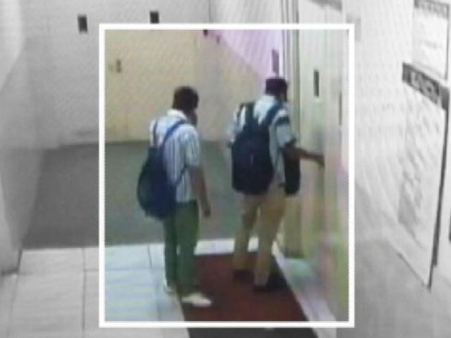 Video : मेट्रो स्टेशन पर 12 लाख की लूट मामले में दो गिरफ्तार