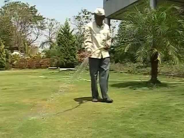 Video : Water Trains Vs Lush Lawns: 2 Faces Of Maharashtra's Drought-Hit Latur