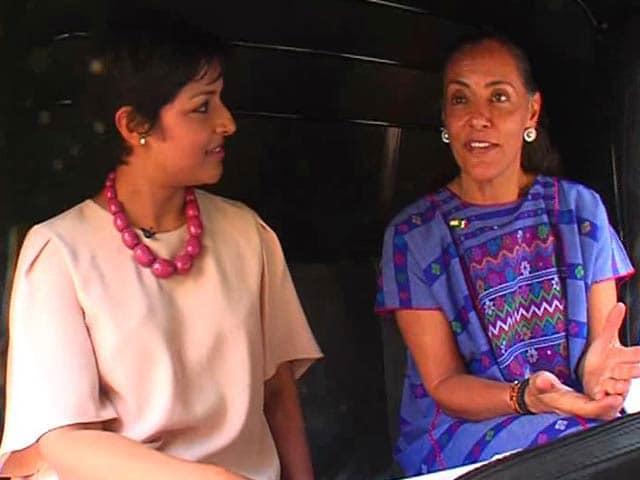Video : Custom Paintjob, Diplomatic Plates: Mexican Ambassador's Unique Ride