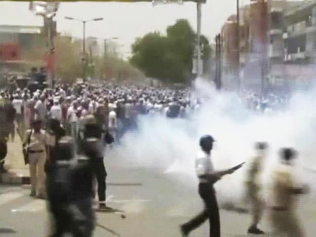 Video : Day After Clashes in Gujarat, Talks With Patel Leaders