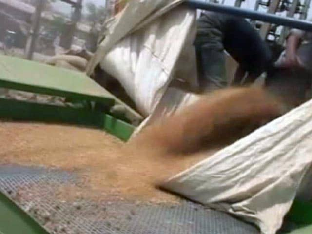 Video : Wheat Procurement Crisis In Punjab, Chief Minister Meets PM Modi