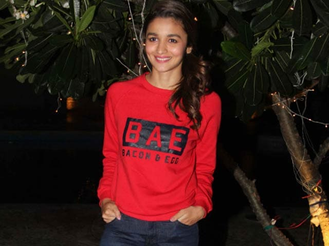 Video : Alia Bhatt's Musical Tribute to Her Filmmaker Father