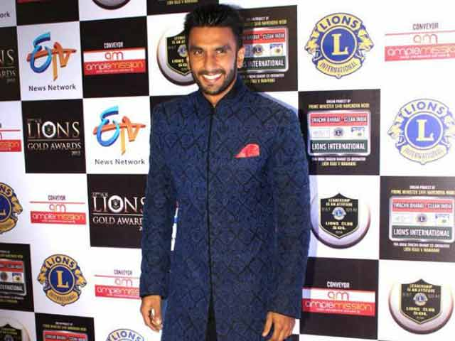 Ranveer Singh Has a New Fan in Lata Mageshkar