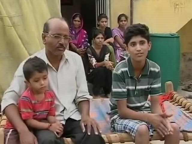 Video : In Drought-Hit Latur, Son Stops A Farmer From Suicide
