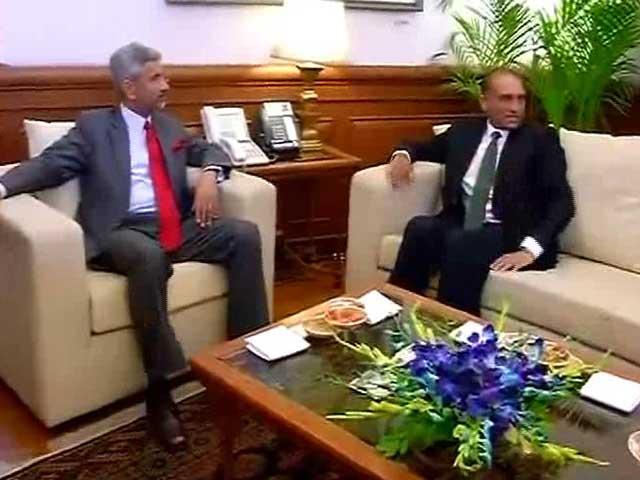 Video : At Crucial Talks, Pakistan Breaks Protocol, India Warns Against Terrorism