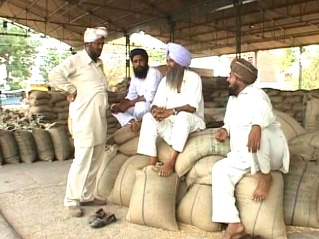 Video : पंजाब में बदहाल किसान, लेकिन विधायकों की मौज