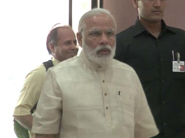 Video : Get Social Media Savvy, PM Modi Prods Lawmakers, Organises Tutorials
