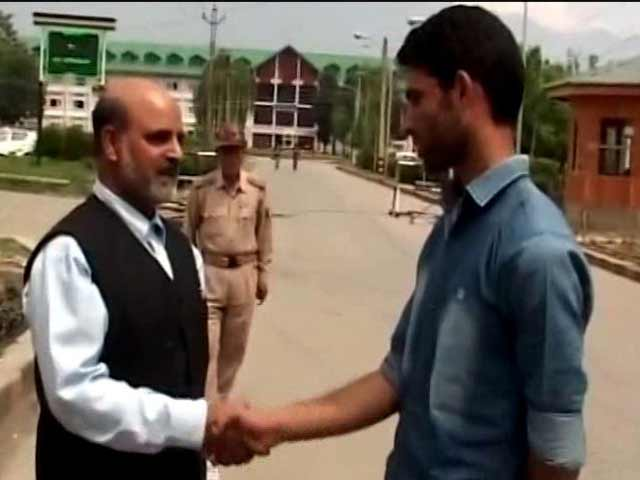Video : With A Little Help, Teen From Kashmir's Shagund To Get Admission In NIT