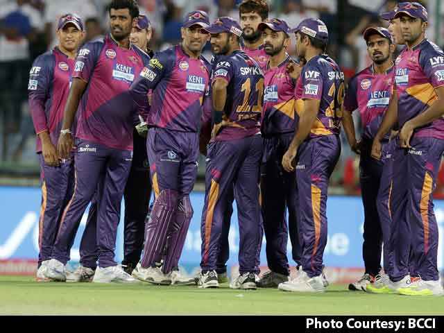 In IPL, MS Dhoni The Coolest One, Zaheer Calm Too: Gavaskar