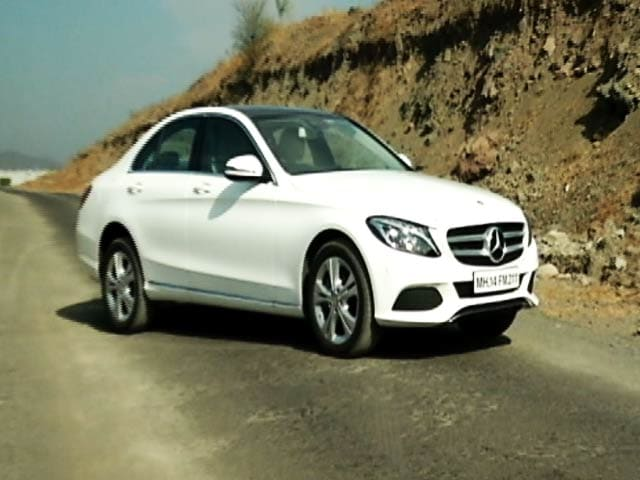 Video : CNB Bazaar Buzz: Latest Offering From Mercedes-Benz's Stable - C250d in its Diesel Avatar