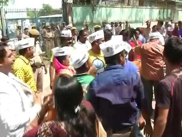 Video : BJP Cedes Some Ground To Congress And AAP In Civic By-Polls