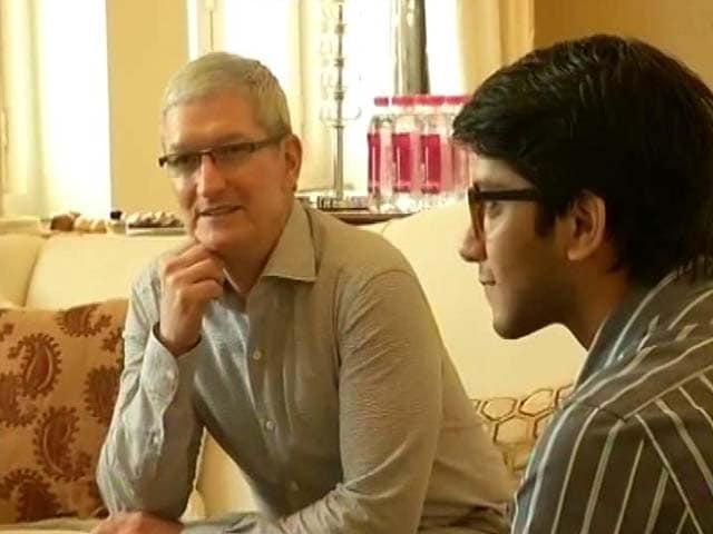 Video : Apple's Tim Cook Woos Indian App Developers