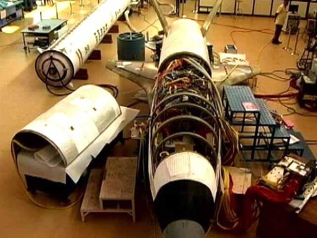 Video : इंडिया 9 बजे : मेड इन इंडिया स्पेस शटल सोमवार को रचेगा इतिहास