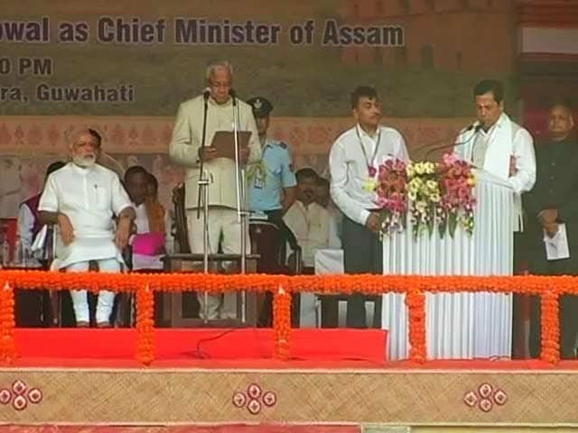 Sarbananda Sonowal Takes Oath As Assam's Chief Minister