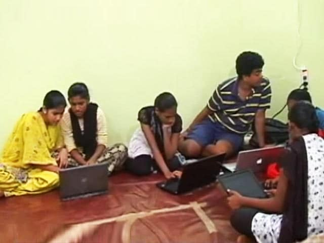 Video : Citizens' Voice: Dharavi Coders