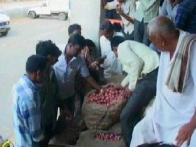 Video : Re 1 For 1,000 Kg Onions: What A Debt-Hit Farmer Made In Maharashtra