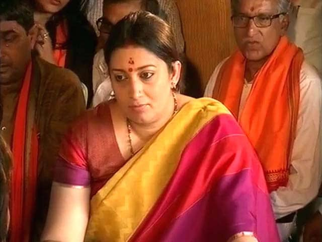 Video : 'Don't Judge Me By Editorials': Smriti Irani Recalls PM Modi's Advise